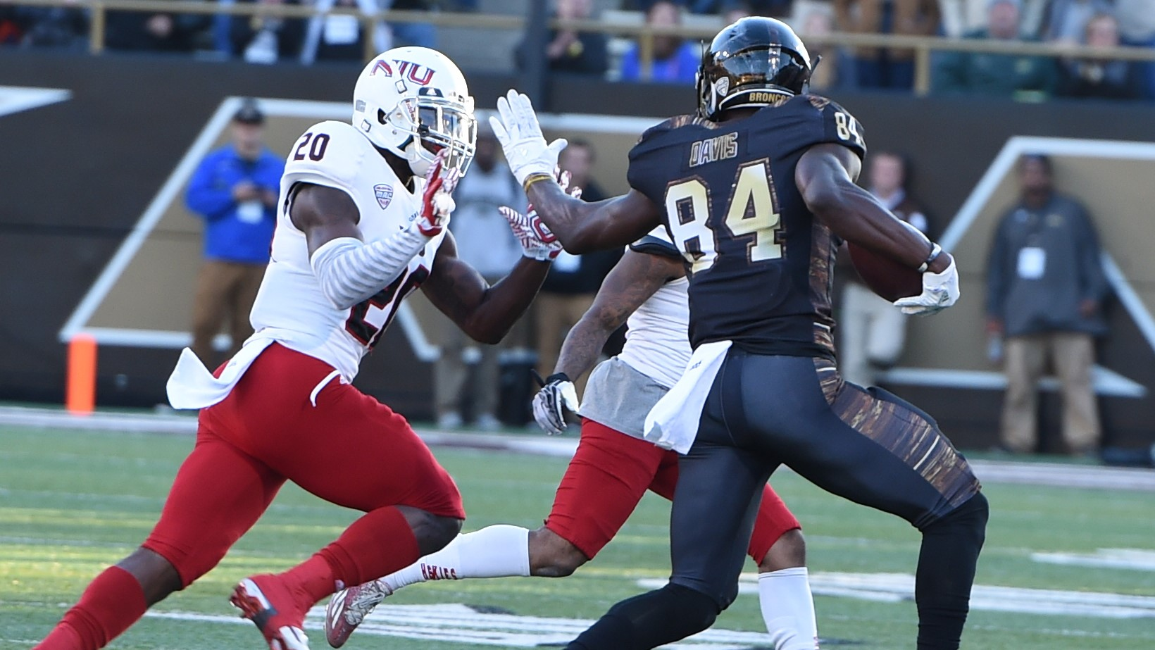 WMU Moves to 6-0, Bowl Eligible After Win Over Northern